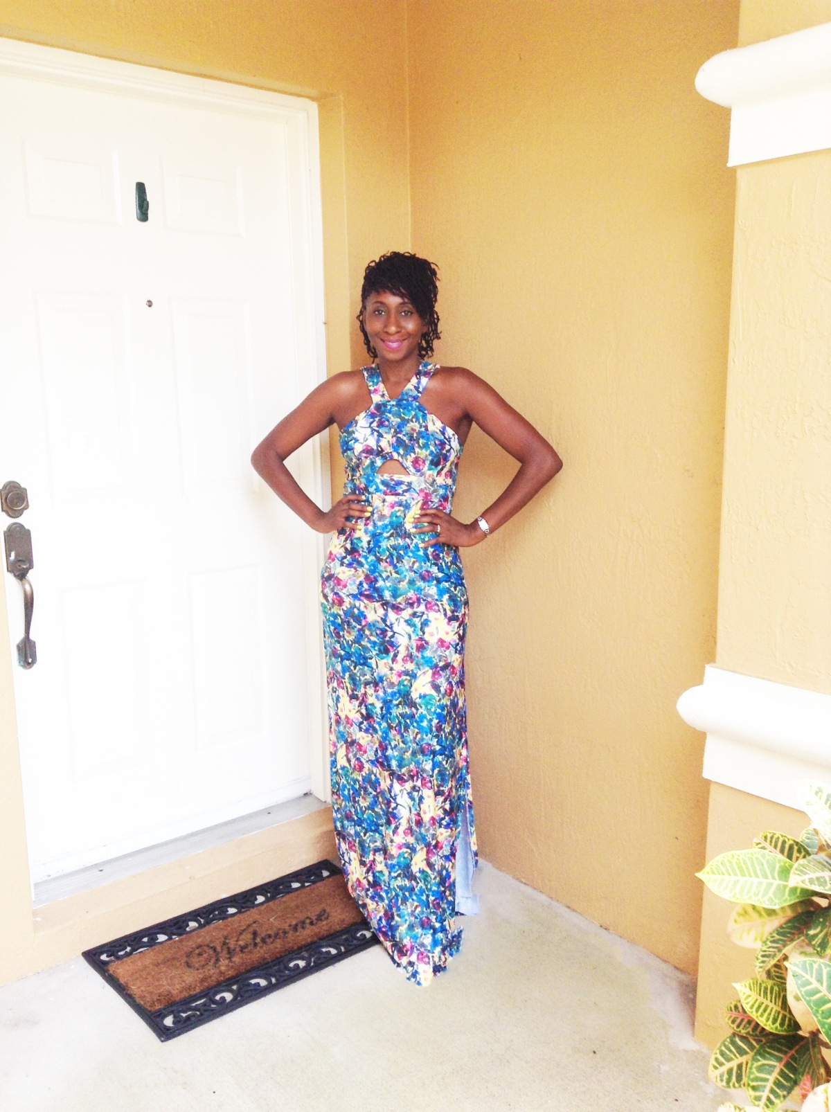 DIY: V Neckline Maxi Dress with Cutouts